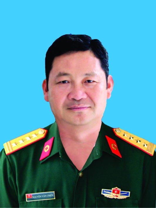 Đại tá, Bác sĩ cao cấp: Nguyễn Văn Chiến