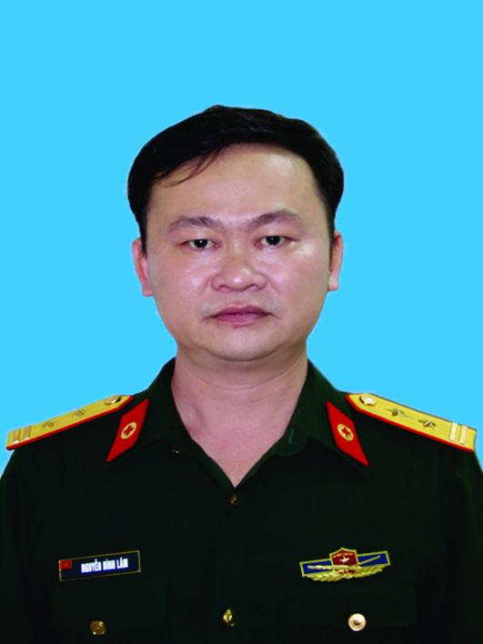 Trung tá, Bác sĩ Nguyễn Đình Lâm.